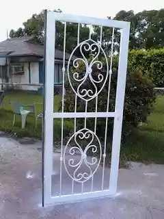 Reja para puerta o ventana