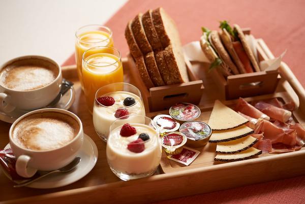 ¡Ven por el tuyo! Desayuno continental
