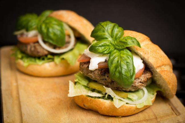 Combo de hamburguesa papas a la francesa y gaseosa