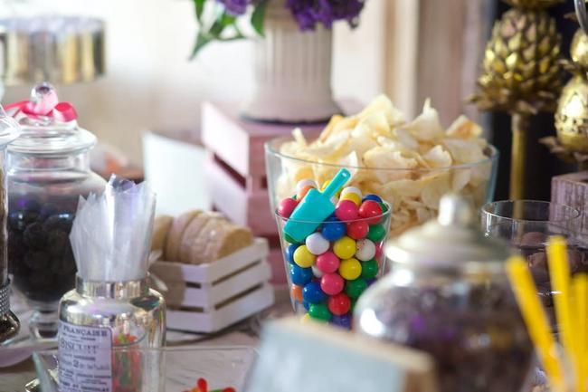 ¡Disfruta de un dulce momento! Mesa de dulces.