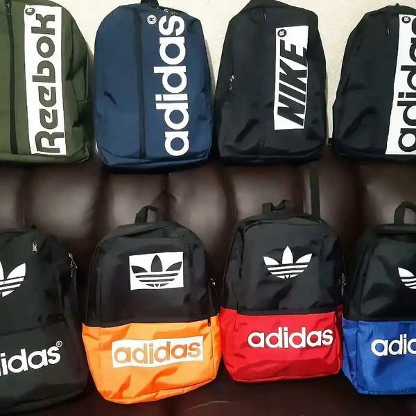 Réplica de maleta Adidas