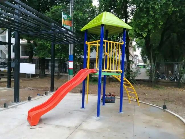 Fabricación de parque infantil