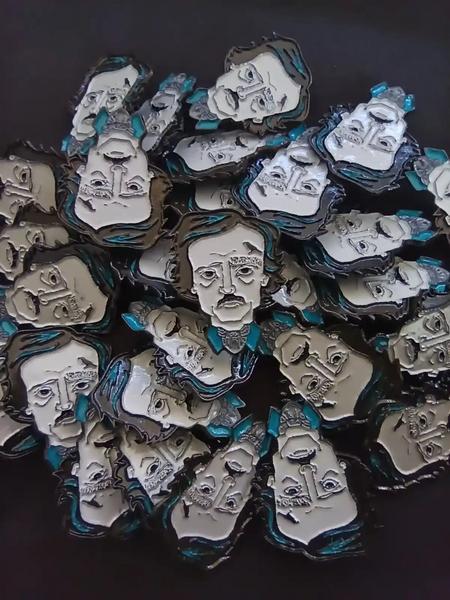 Pin Alan Poe