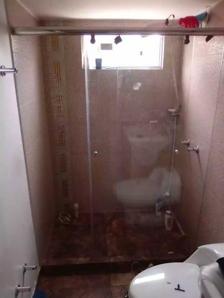 División de baño en cristal templado