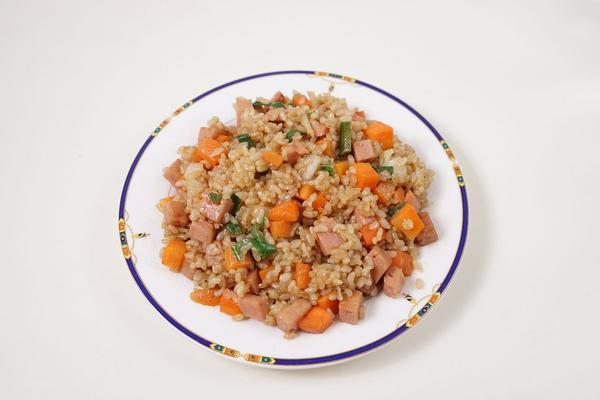 Media caja de arroz a la valenciana
