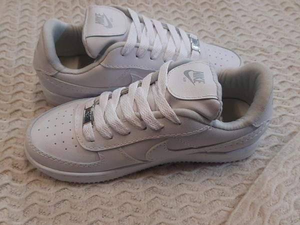 Nike réplica air color blanca