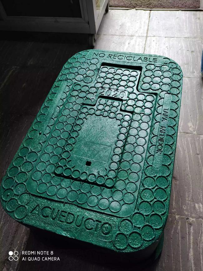 Cajas plásticas para medidores de agua
