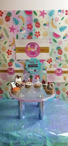 Cuatro cupcakes para perro
