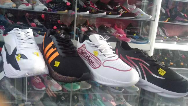 Réplica zapatillas Adidas