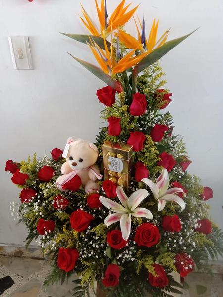 Rosas + chocolates + peluche