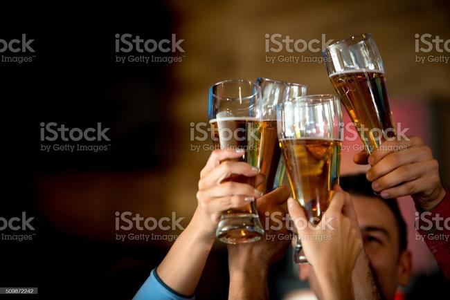 Six pack de cerveza Águila