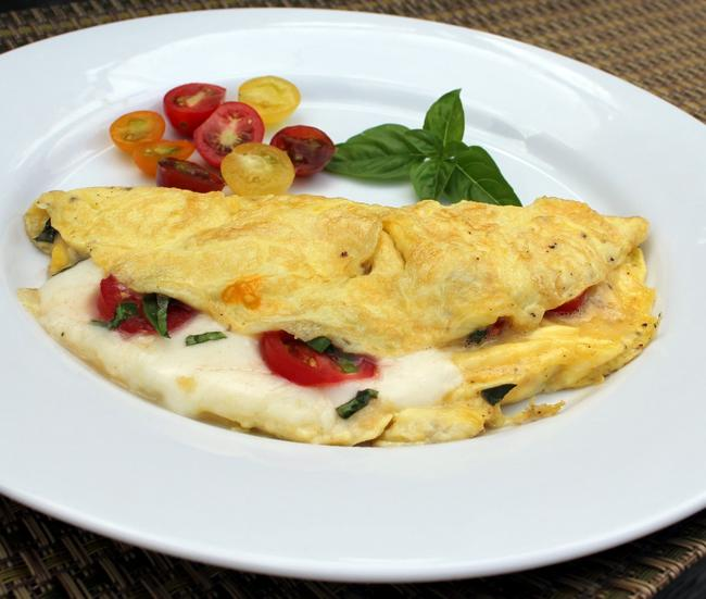 Omelette con champiñones y queso gouda