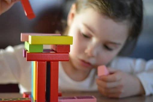 Juegos didácticos para bebés y niños