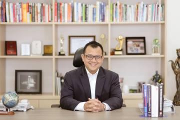 Tom MC Ifle, Tentang Bisnis dan Keajaiban Sedekah