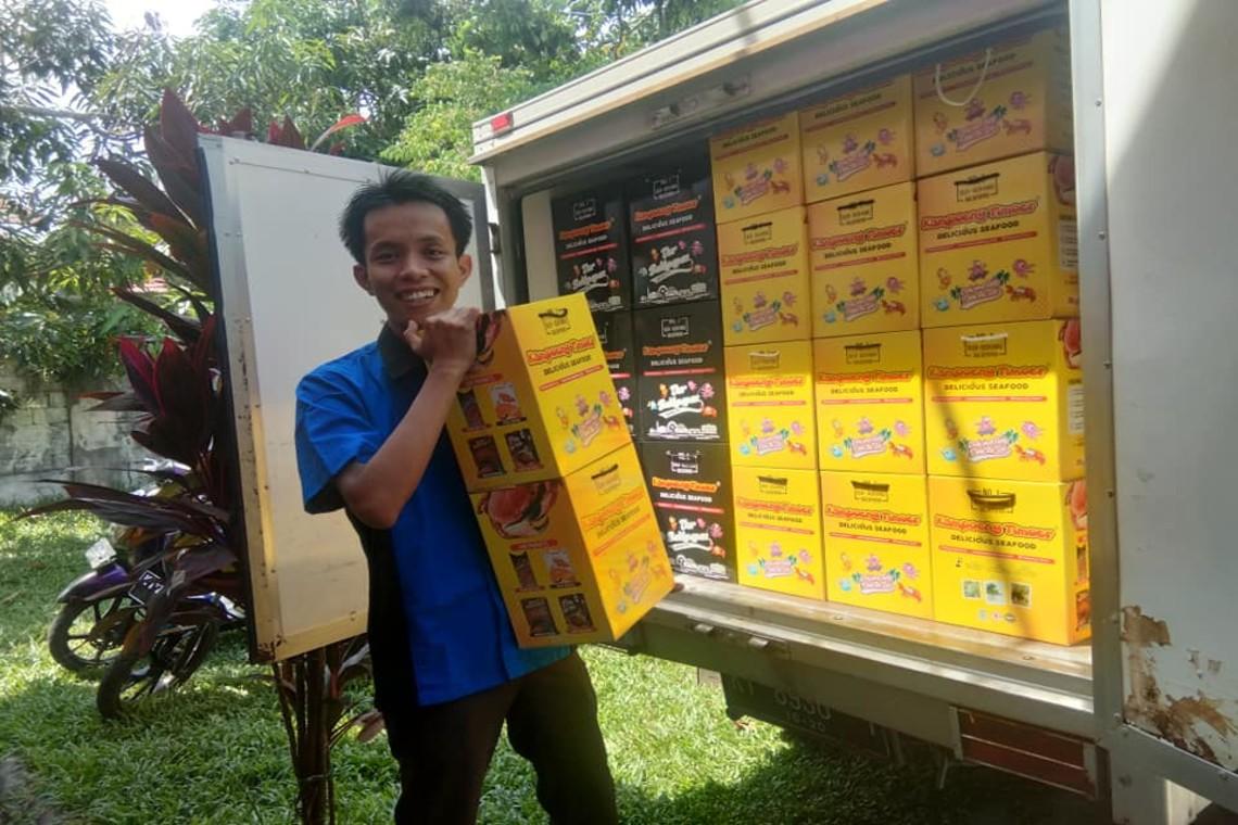 Filsa Budi Ambia dan Cerita Sukses Modal 100 Ribu Untung Milyaran dari Usaha Cemilan