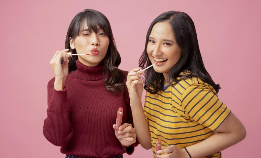 Kenapa harus pakai lipstick Lumecolors sih?