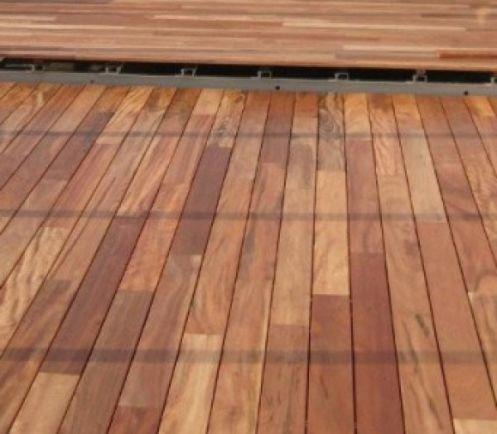 Lames de terrasse en tigger wood,120 x 21