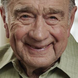 Helping Seniors Detect Cataracts