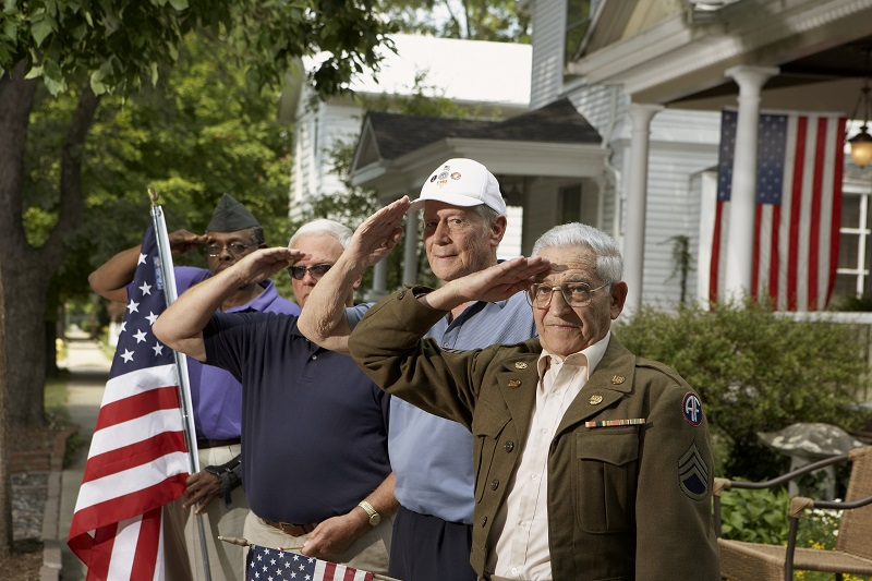 Veterans saluting in Snyder, TX