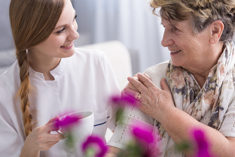 At home care to help seniors with daily needs