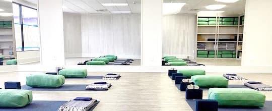 Yoga Lightspace