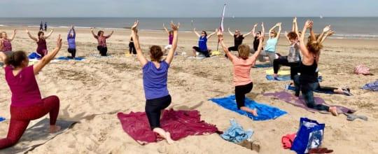 Namaya Yoga en Coaching op het Strand