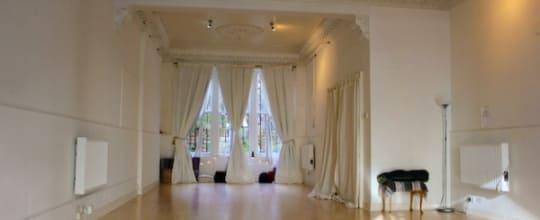 Melanie Lee - The Yoga Room