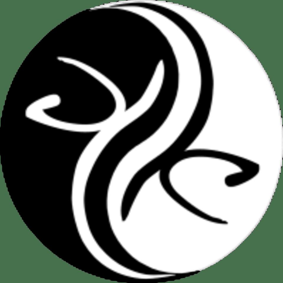 Capoeira Superação Arts & Fitness Studio logo