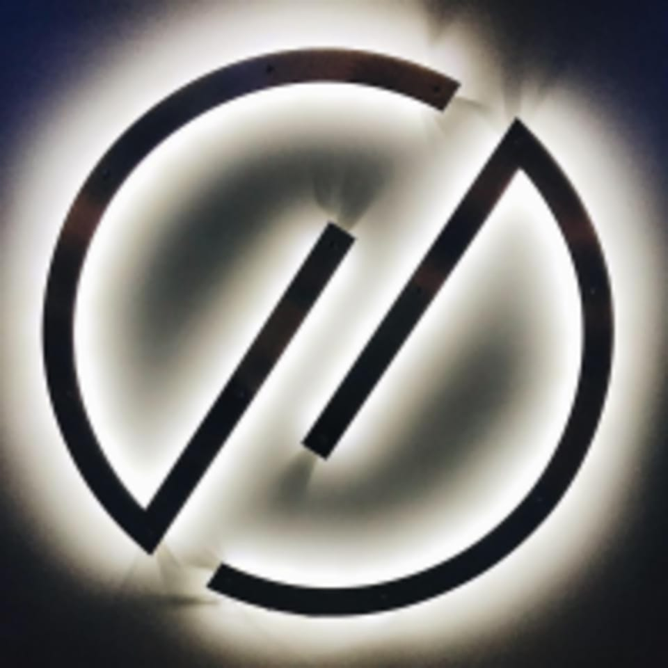 HY | LO Fitness  logo