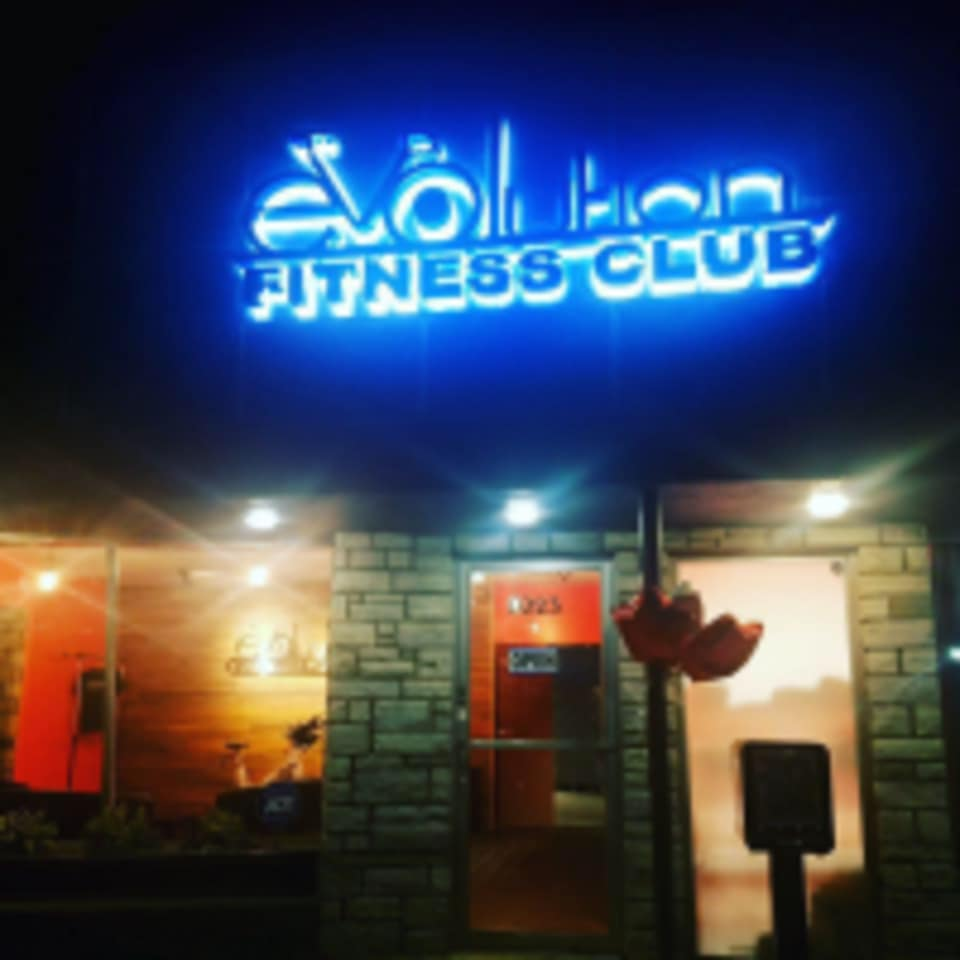 EVOlution Fitness Club logo