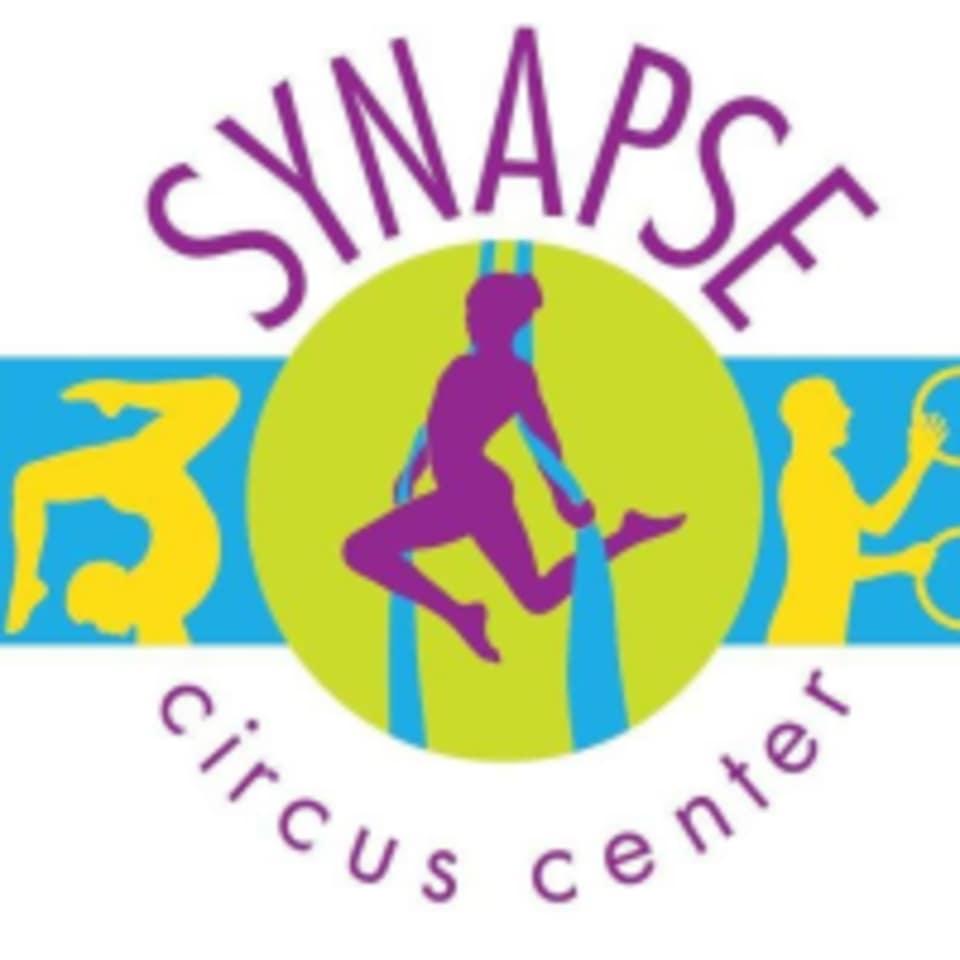 Synapse Circus Center  logo