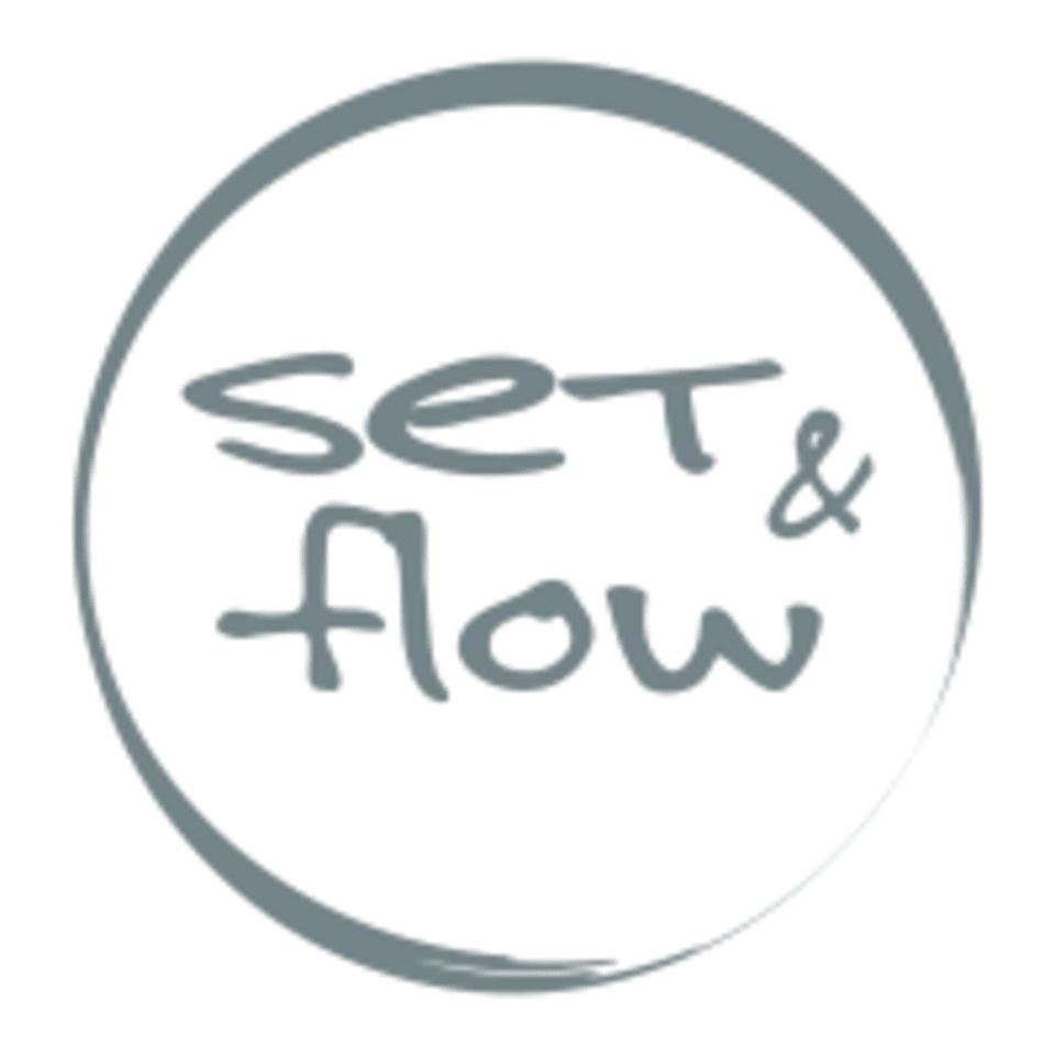 Set and Flow logo
