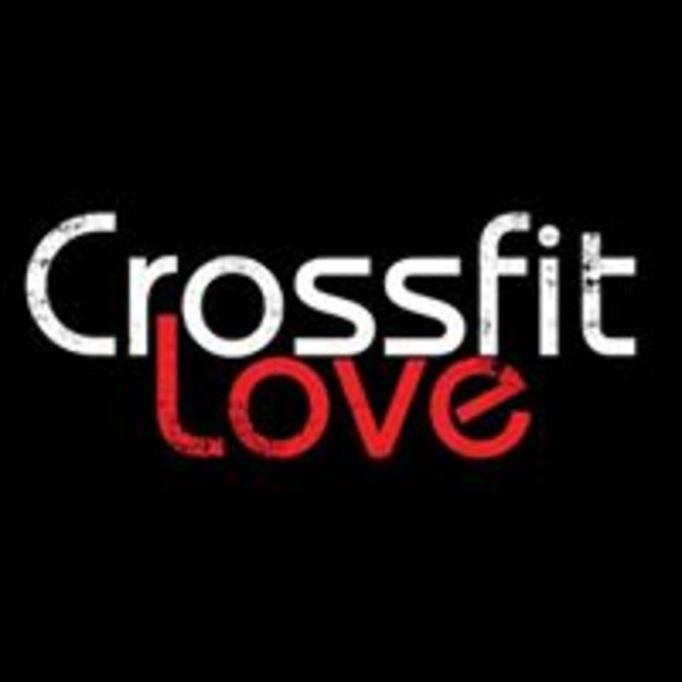 Crossfit Love logo