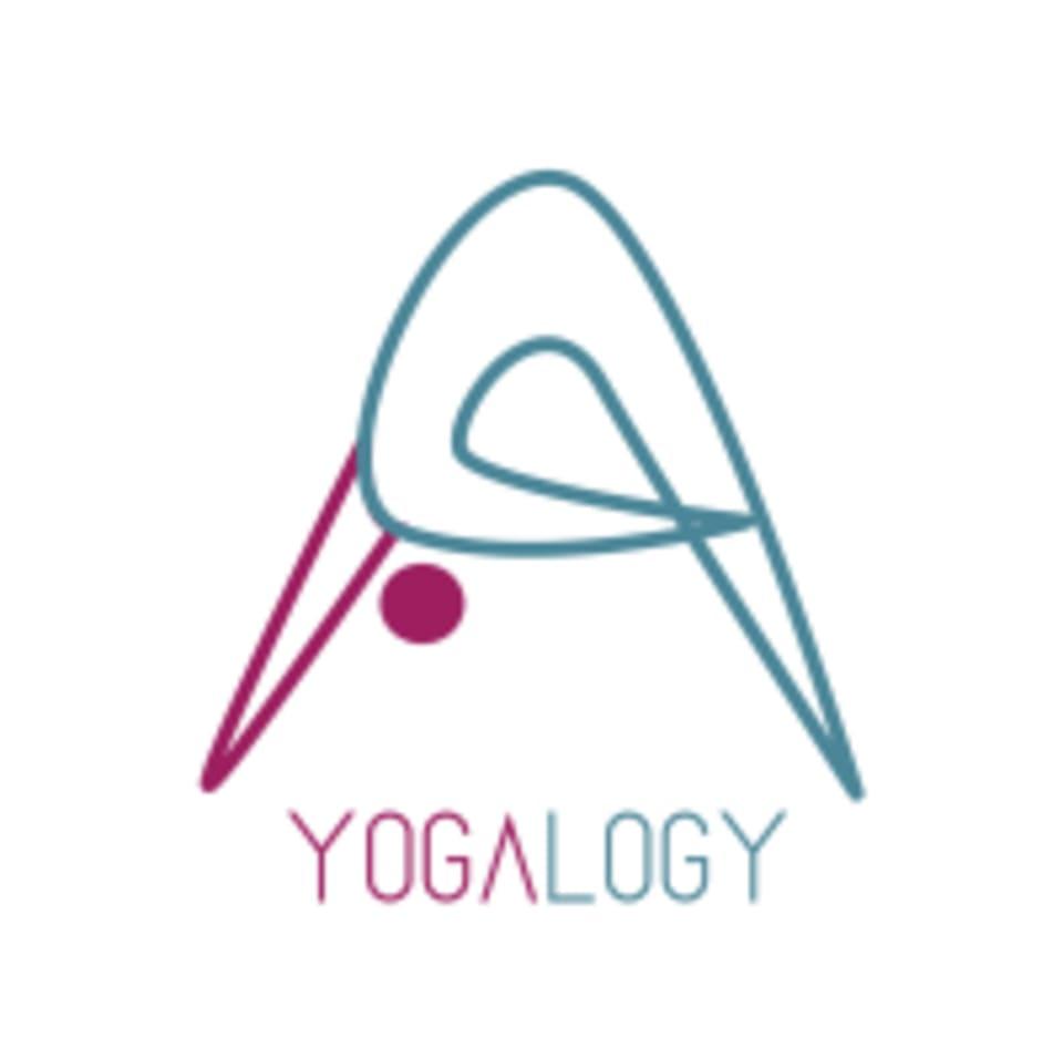 Yogalogy logo