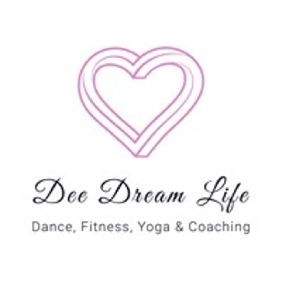 Dee Dream Life  logo