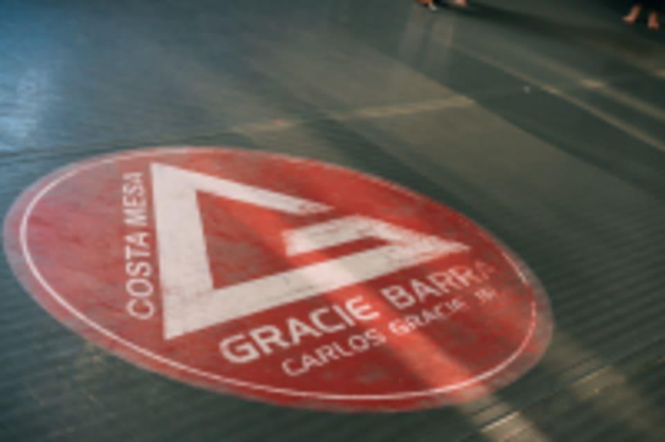 Gracie Barra Costa Mesa logo