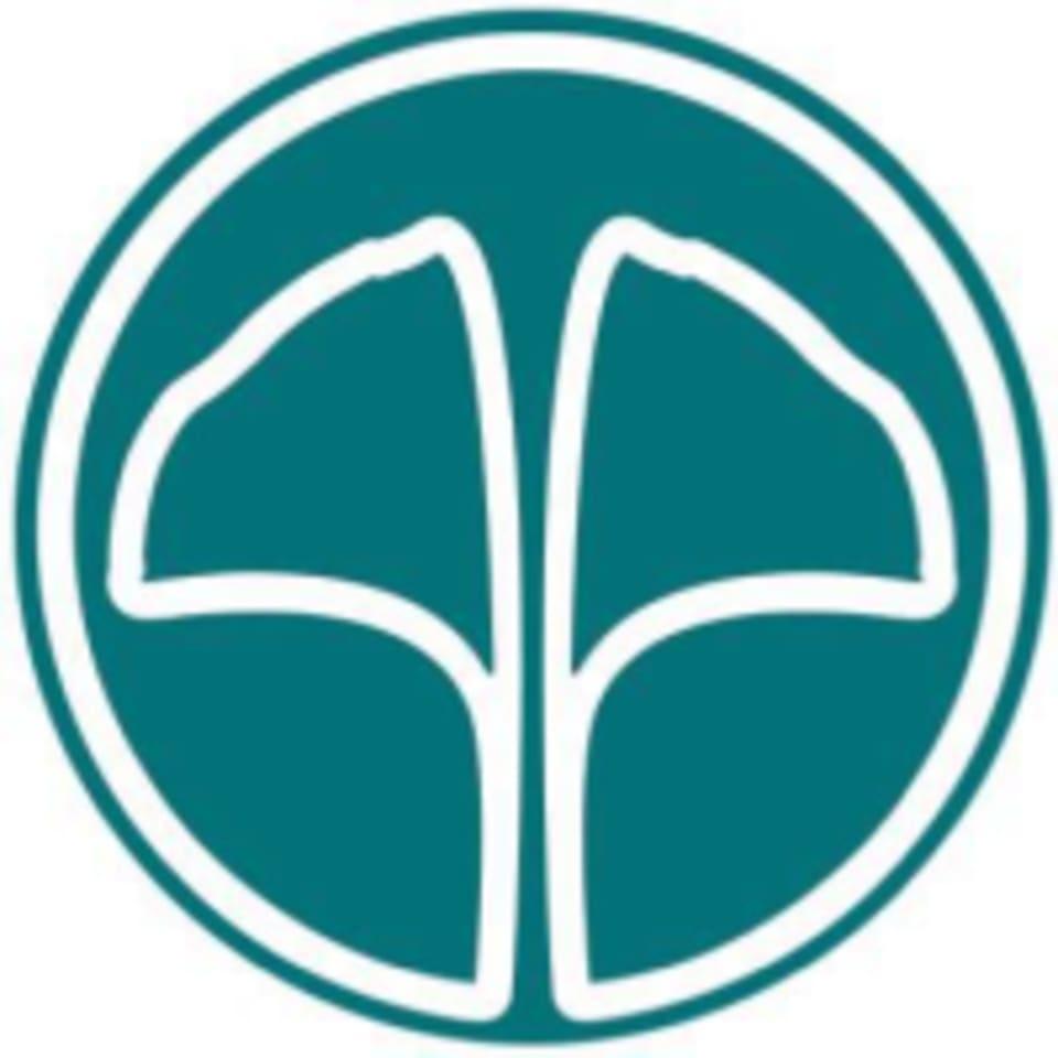 Move With Grace: Yoga & Juice Bar logo