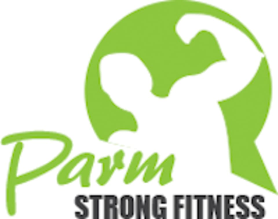 Parm Strong Fitness logo