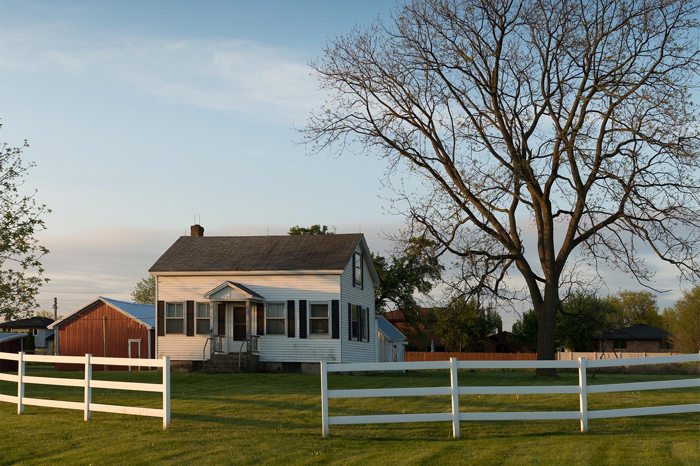 farm house in rural setting