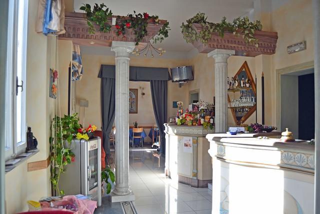 Hotel Soggiorno Athena, Pisa, Pisa | Room Rates, Reviews ...