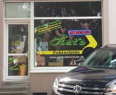 Piets Fahrschule in Garbsen-Mitte