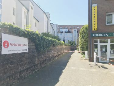 Fahrschule Maxim in Junkersdorf