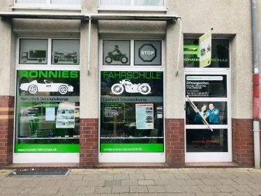Ronnies Fahrschule in Wersten