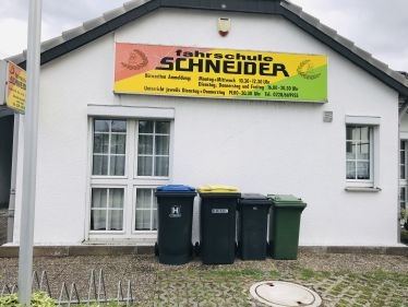 Fahrschule Schneider - Tannenbusch in Bornheim