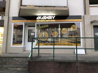 Academy Fahrschule Lets Drive Landstraße in Groß Mackenstedt
