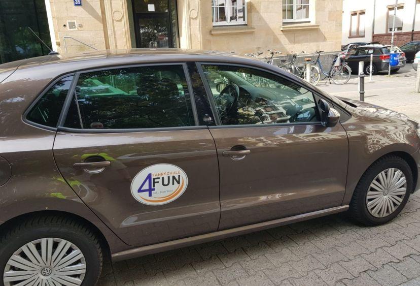 School Internationale Fahrschule 4 Fun Bockenheim 1