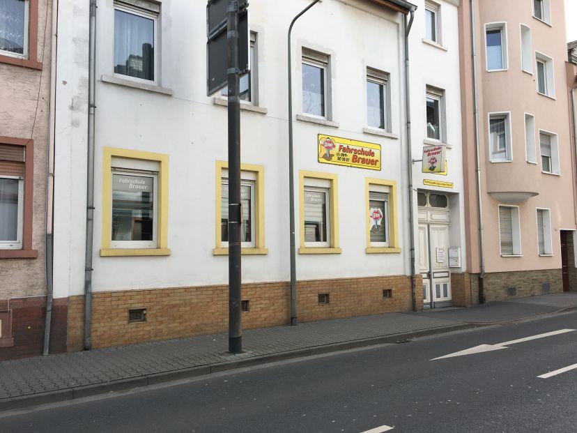 Fahrschule Brauer GmbH - Hospitalstr. Höchst 3