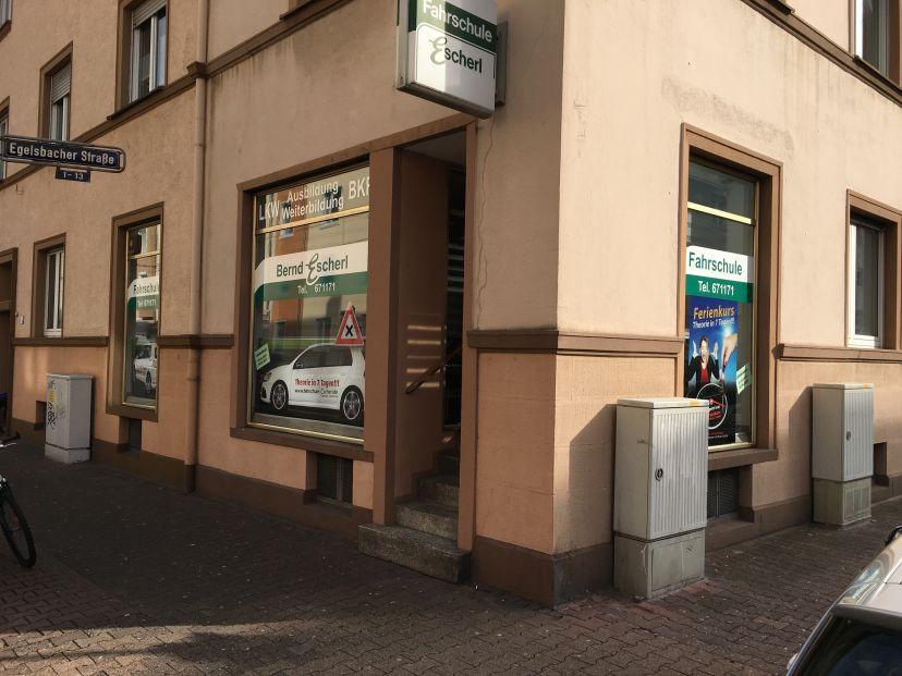 Fahrschule Bernd Escherl - Egelsbacher Str. Niederrad 3