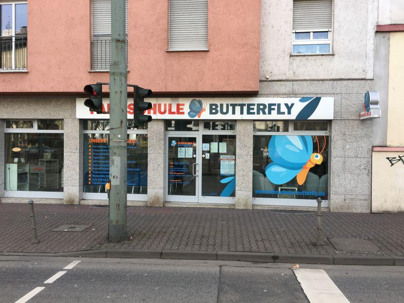 Fahrschule Butterfly Frankfurt Ostend 1