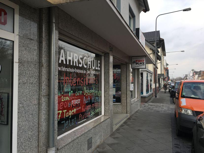 Fahrschule First Place Frankfurt Eschersheim 3